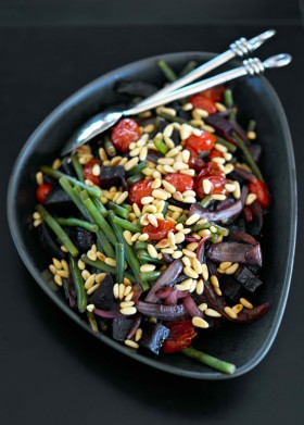 Рецепт Теплый салат с печеной свеклой