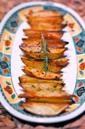 Рецепт Печеный картофель дольками
